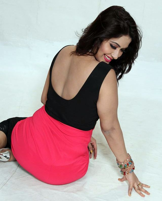 Bangladeshi Film Actress Sabrina Sultana Keya  Hot And